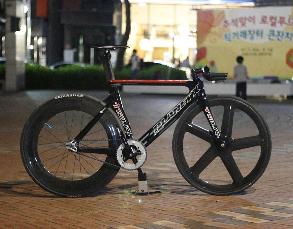bici scatto fisso personalizzata