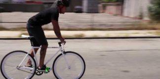 come frenare bici scatto fisso